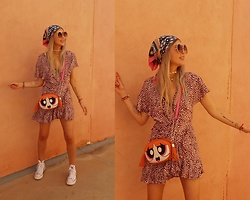 Joanna L - Women Secret Dress, Converse X Hello Kitty Shoes - Powerpuff girls bag/ leopard print dress/ converse