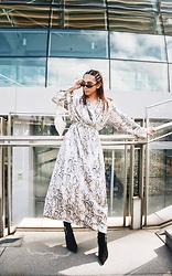 JUN UDAN - Sp.Casual Alina Dress In Snake Print, Thrift Storre Small Bag, Topshop Black Boots - SNAKY SNAKE