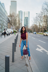 Mirjam -  - Hitting the streets in Mom Jeans