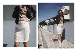 Maria Marques -  - LACE SKIRT + CONVERSE