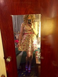 Jennifer S - Express Floral Dress, Nine West Red Peep Toe Heels - Floral Time
