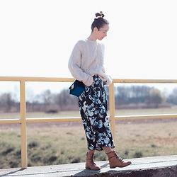 Iva K - Zara Skirt, H&M Sweater - Floral skirt