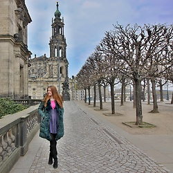 Lucka S. - Erika Fashion Coat - Weekend in Dresden