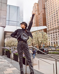 Amy Marietta - Jordache Jeans, Gucci Fanny Pack Belt Bag - An All Black Outfit Idea From NYC