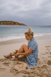 Isabella Thordsen - Faithfull The Brand Summer Top, Skirt, Other Stories Seashell Clutch, Espadrilles - Matching co-ord summer look
