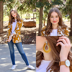 Taylor Doucette - Zara Mustard Floral Blazer, Adidas White Sneakers, Stradivarius Mustard Yellow Tassel Earrings, Citizens Of Humanity Skinny Jeans - Favourite Ex - Maisie Peters