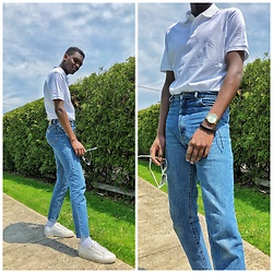 Fred Anyona - Guess Dad Fit Jeans, H&M White Polo Shirt, Cos White Plimsoles - Dad Fit