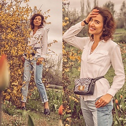 Natasha Karpova - Redherring By Debenhams White Shirt, Stradivarius Patchwork Jeans, New Look Loafers, David Jones Zebra Bag, Daniel Wellington Watch - FLORAL 💐 RAMPAGE