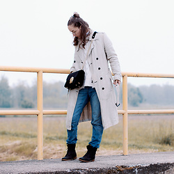 Iva K - United Colors Of Benetton Trench Coat, Zara Sweater, Asos Jeans - Trench coat