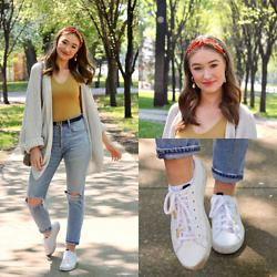 Taylor Doucette - H&M Printed Hairband, Mango Pearl Hoop Earrings, Oversized Knit Cardigan, Workhall Yellow Tank Top, Citizens Of Humanity Ripped Straight Leg Jeans, Adidas White Sneakers - Leaving On A Jet Plane - Chantal Kreviazuk