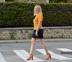 Alice So -  - Some orange ;-)