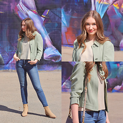 Taylor Doucette - Citizens Of Humanity Blue Skinny Jeans, Simons Green Button Jacket, Zara Gold Stud Boots - With Love - HARBOUR