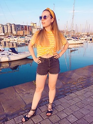 Katie Louise Williams - Topshop Shorts, Asos Stripe Yellow Top - Summer look
