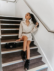 Leona Melíšková - Shirt Dress, Guess Belt, New Look Suede Boots, Gucci Handbag - Beige shirt dress