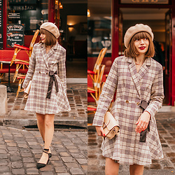Christina&Karina Vartanovy - Newchic Wool Beret In Beige, Chic Wish Prepared For A Date Plaid Coat Dress, The Leather Satchel Hipster Nude Bag, Rosewholesale Lace Up Black Flat Shoes - Christina // très français