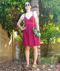 Saguaro Style - Betsey Johnson Cactus Bag, Ae Outfitters Bow Tie Dress, J. Crew Cactus Tee, Lotta From Stockholm Green Clogs - 07.01.19