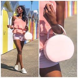 PAMELA - Sequoia Circle Bag, Urban Outfitters Pink Round Sunglasses, Storets Ruffles Top, H&M Shorts - In the Pink