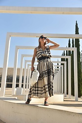 Anna Borisovna - Alembika Dress, Other Stories Shoes, Massimo Dutti Belt - The Alembika Summer Dress