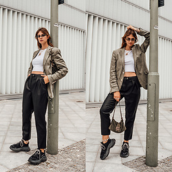 Jacky - Gant Blazer, Zara Top, Vila Pants, Asos Sunglasses, Fendi Bag, Balenciaga Sneaker - Faux Leather Pants combined with Boyfriend Blazer