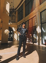 Enrico Buenaventura - Sunnies, Reebok Shoes, Uniqlo Pants - Vampire Grunge