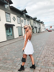 Emmy Nikolausson - Gina Tricot Dress, H&M Boots - DREAMY DRESS ~