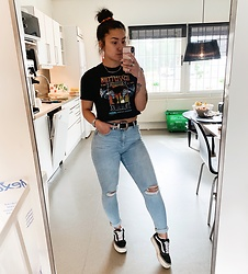 Jenny Drugge - H&M Top, Karve Jeans, Vans Sneakers Platform - Rock it!