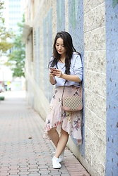 Kimberly Kong - Greats Sneakers - 5G Phones: Why They're All the Rage