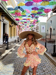 Lauren Recchia - Free People Hat, Zimmermann Crop Top, Zimmermann Shorts - San Juan Stole my heart