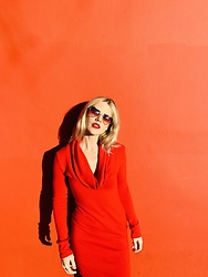 Caitlyn Sway - Sweater Dress, Heart Sunglasses - Red, The New Color