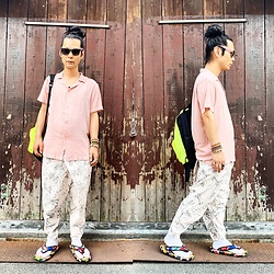 @KiD - Invasion Club Sunglasses, Insight Pink Shirts, Obey Neon Bag, Emerald Thirteen Pants, Jojo Japanese Sandal (Setta) - JapaneseTrash526