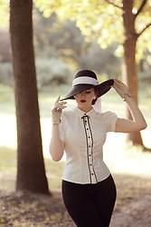 Charlotte S. - Collectif Clothing Vintage Bryonny 40s Blouse - Keepin It Simple