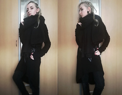 Grim Alex - Aliexpress, Gate Earrings (Fake Plug And Some Ear Cuffs), New Yorker Gigantic Black Scarf, Thrifted Long Asymmetrical Hoodie, Black Knitted Arm Warmers, Gate Thick Black Jeans - The Veil Between the Worlds