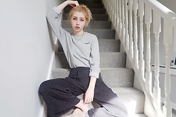 Jenny Rose - H&M Grey Nasa Sweater, Oliver Bonas Culottes - It's like I'm the universe and you be N A S A