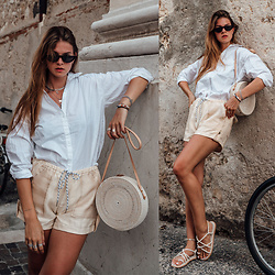 Jacky - Pilgrim Sunglasses, Gestuz Shirt, Onvacay. Ata Bag, Ganni Shorts, Asos Sandals - How I combine my Onvacay Ata Bag casual chic