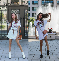 Jenny Mehlmann - H&M Oversized T Shirt Dress, Aldo Boots, Zara Pink Purse, Fila Black Sneakers, H&M Leopard Belt - 2 ways to wear - The Oversized t-shirt dress //