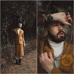 ⋆✞ david ross lawn ✞⋆ - Juda Leah Atelier Custom Pin, Vintage Mustard Plaid Suit, All Saints Brown Military Boots - 𝐰𝐚𝐢𝐭𝐢𝐧𝐠