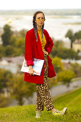 Treska Alina - Zara Red Jacket, H&M Yellow T Shirt, H&M Leopard Pants, Converse Sneakers - Wild fall