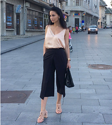 LOOK DU JOUR BY ANA - H&M Satin Blush Top, H&M Lace Top, H&M Linen Vest Top, H&M Satin Top With Lace, Black Culottes, Asos Design Tailored Clean Culottes, Asos Block Heeled Sandals In Warm Beige, Asos Raid Raid Anusha Blush Block Heeled Sandals - SATIN TOP ON SALE!
