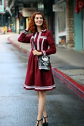 Bleu Avenue - Vintage Style 1960s Wine Red Fit And Flare Unique Swing Dress - Winter Wool Dress