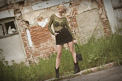 Ewa Macherowska - H&M Body, Zaful Skirt, Bonprix Boots, Second Hand Bag, Lolita Earrings, Nn Sunglasses - Early Fall