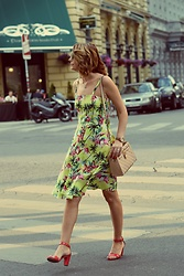 Butterfly Petty - Dresslily Dress, Tamaris Shoes, Spring Bag, Fossil Watch - Flamingo dress
