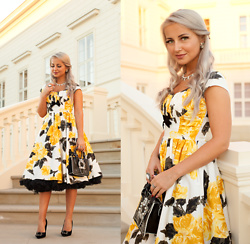 Julia Loewenherz - Pinup Couture Floral Swing Dress 'Evelyn' Vintage Floral Print - ♫ Put Your Head On My Shoulder- Paul Anka
