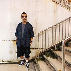 Mannix Lo - H&M Washed Pocket Tee, Muji Pattern Kimono, Undercover Cargo Shorts, Vans Sk8 Hi Sneakers - An Ending is not the End......