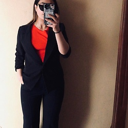 Sara Mejdki - Zara Top, Zara Suit, Zara Blazer - Formal look