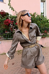 Anna Borisovna - H&M Blouse, Zara Belt, Zara Short, Céline Sunglasses - The Leather Suit