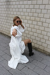 Anna Borisovna - Rodebjer Dress, Arket Boots - The White Dress