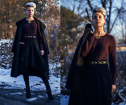 Carolyn W - Metropolitan Museum Of Art Sun, H&M Maroon, Vintage X Marks The Spot, Staci Snider Draped, Ego Shoes Buckled, Femme Luxe Waterfall Collar - Winter Light