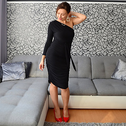 Adriana Style -  - Little Black Dress is always a Winner /www.adriana-style.com