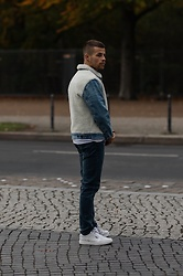 Kevin Elezaj - Levi's® Sneakers, Levi's® Jeans, Levi's® Jacket - All denim