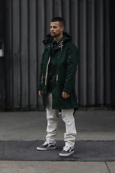 Kevin Elezaj - Vans Sneakers, Massimo Dutti Pants, Wood Parka - Green